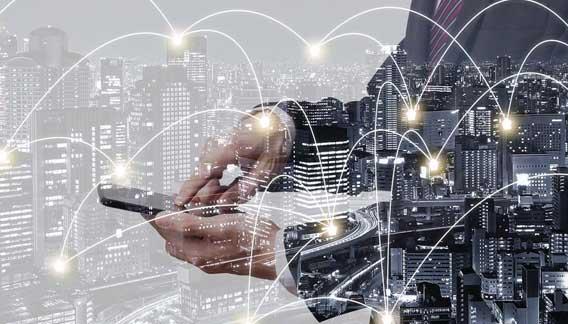 Smartening Cities